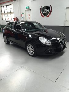 ALFA ROMEO GIULIETTA BLACK CAR